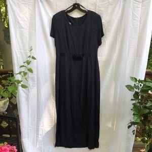 Floor length short sleeve navy dress size 16